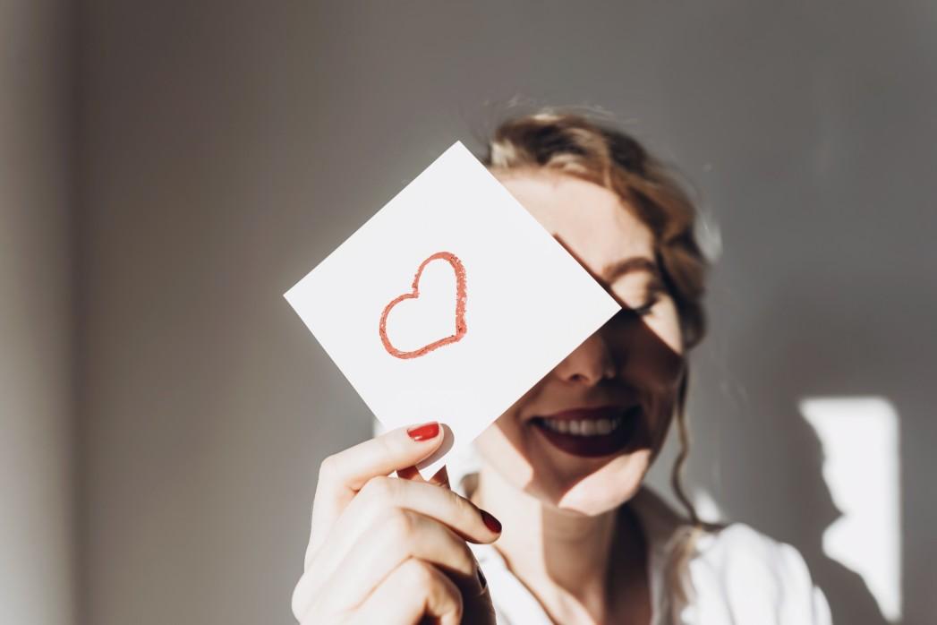 organ donor card heart love
