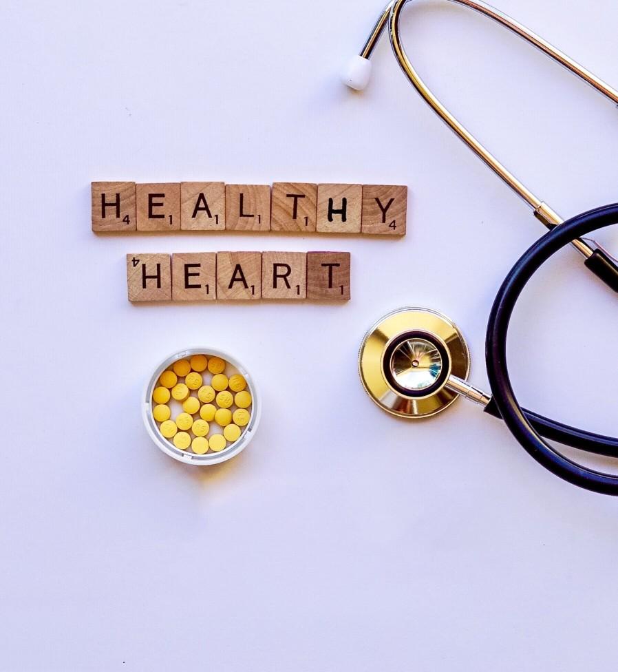 heart health stethoscope cholesterol pills